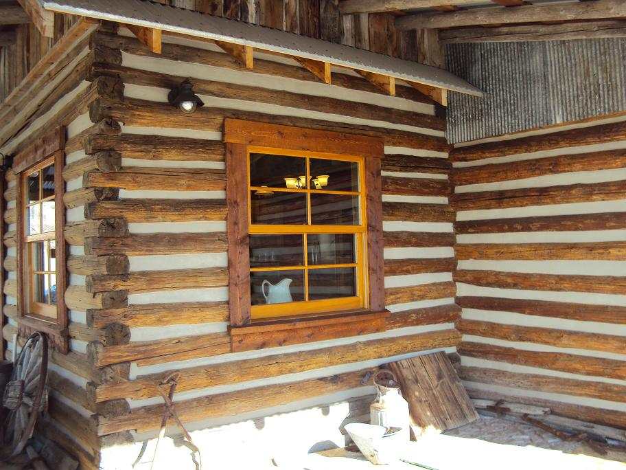 New construction for Chinking log cabin